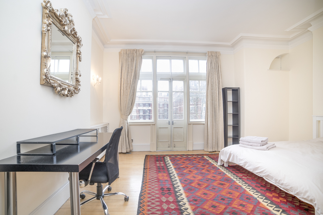 4-inexpensive-airbnb-property-photography-london.JPG