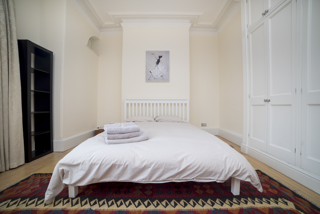 7-inexpensive-airbnb-property-photography-london.JPG