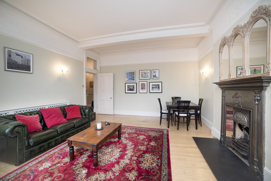 9-inexpensive-airbnb-property-photography-london.JPG