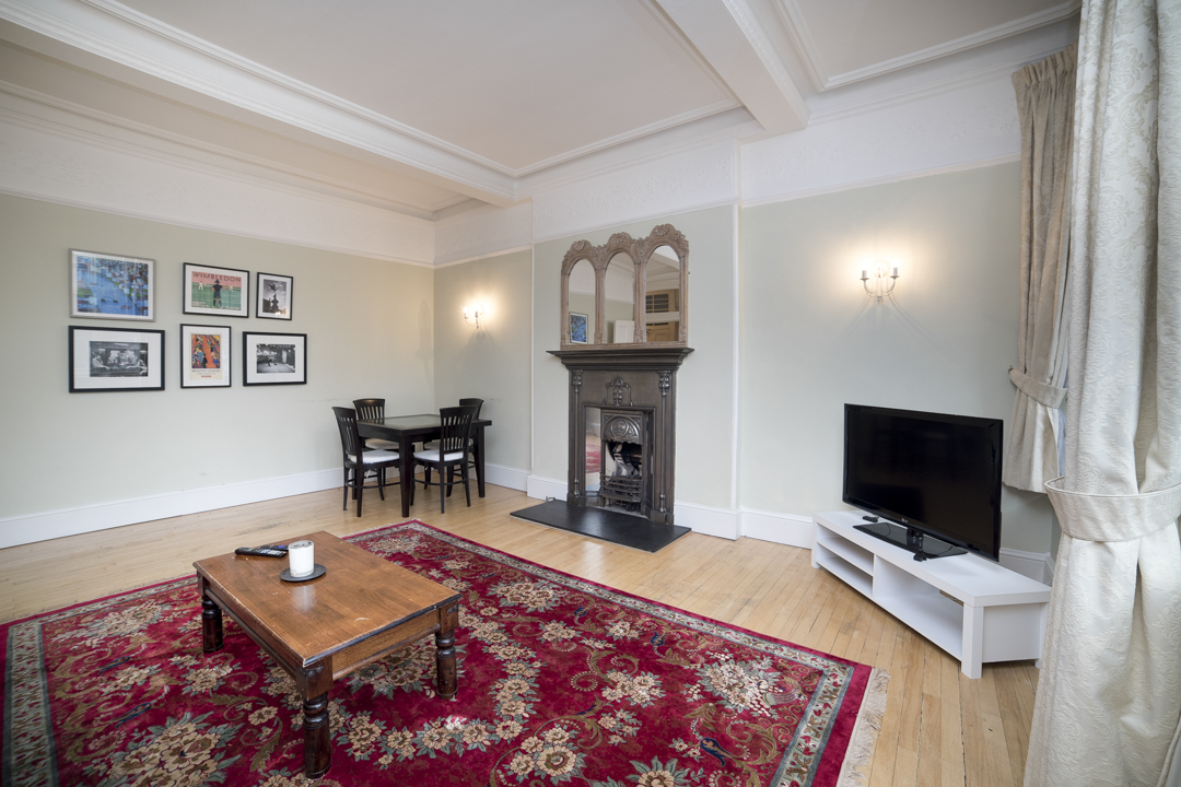 11-inexpensive-airbnb-property-photography-london.JPG