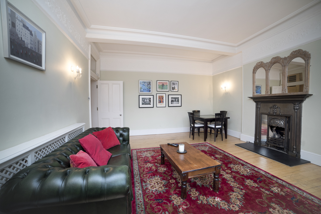 12-inexpensive-airbnb-property-photography-london.JPG