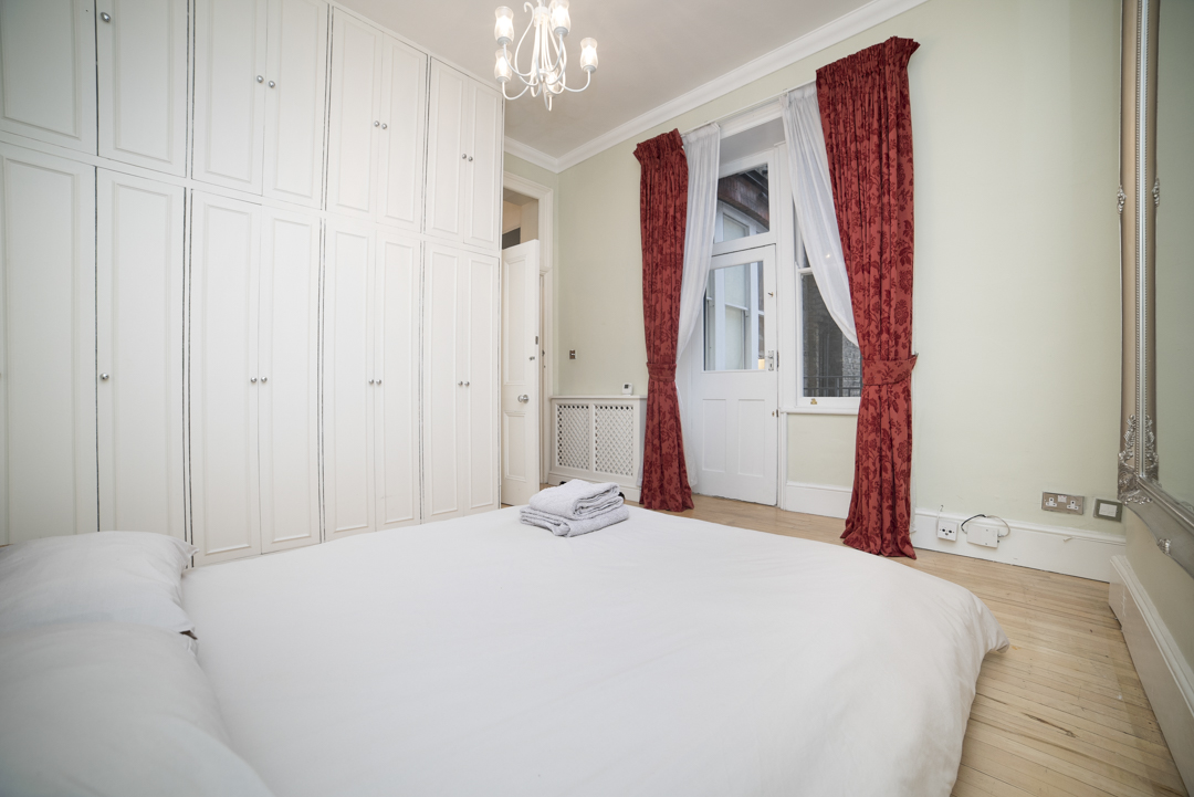 21-inexpensive-airbnb-property-photography-london.JPG