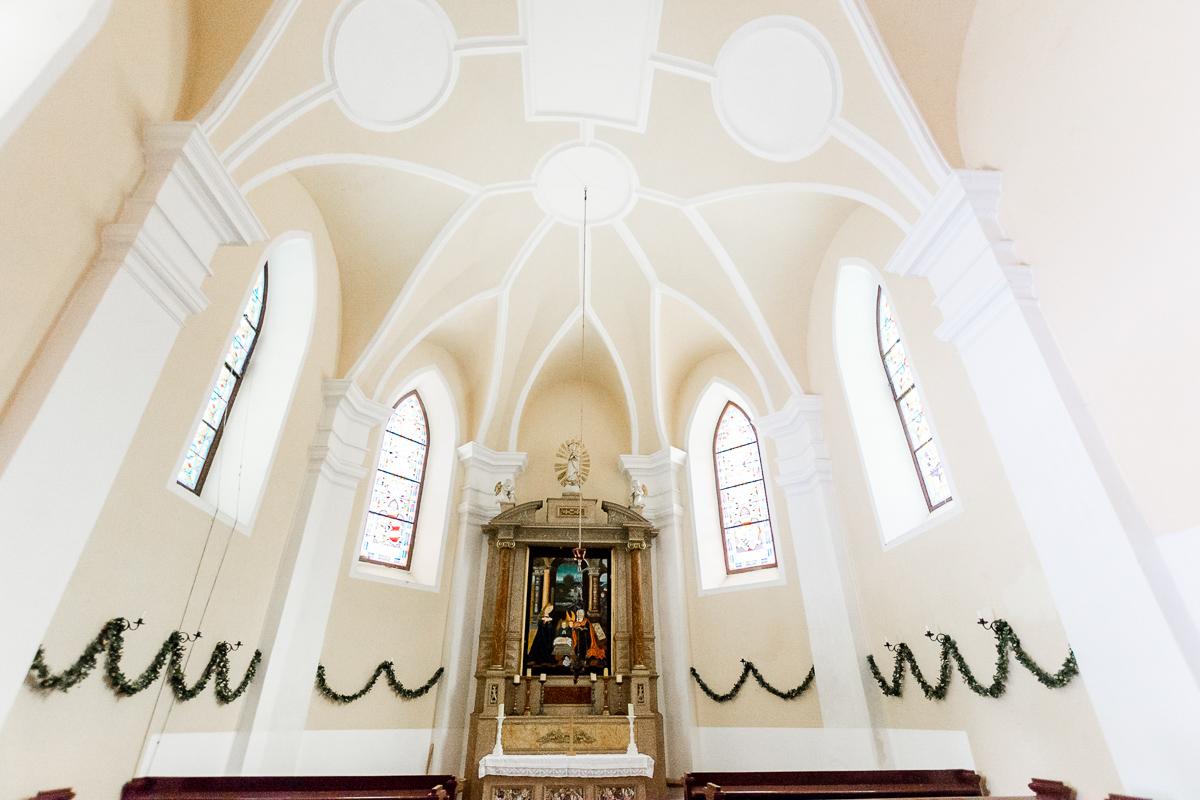 Trauungen - Ob freie Trauungen im wunderschönen Schlossgarten, kirchlich in der eigenen Schlosskapelle oder romantisch im Schlosskeller - im Schloss Poysbrunn können Sie sich nach ihren Vorlieben trauen lassen.