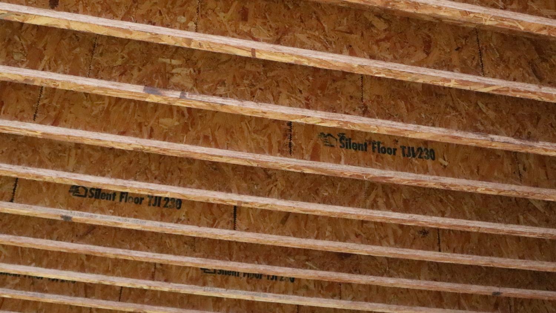 floor-truss-custom-engineer-wood-i-joist.JPG