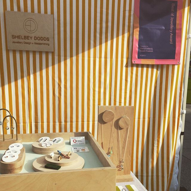 After having a chance to rest + get back into a regular routine, it's a treat to reflect on such a fantastic, albeit scorcher, of a #toaf2019 weekend. Thank you to all of you who visited me in my stripey-yellow booth! See you all next year! . . . . . @craftdesignto @craftontario #contemporaryjewellery #sterlingsilver #powdercoating #canadianmade #metalsmithing #stripes #bestofjewellery