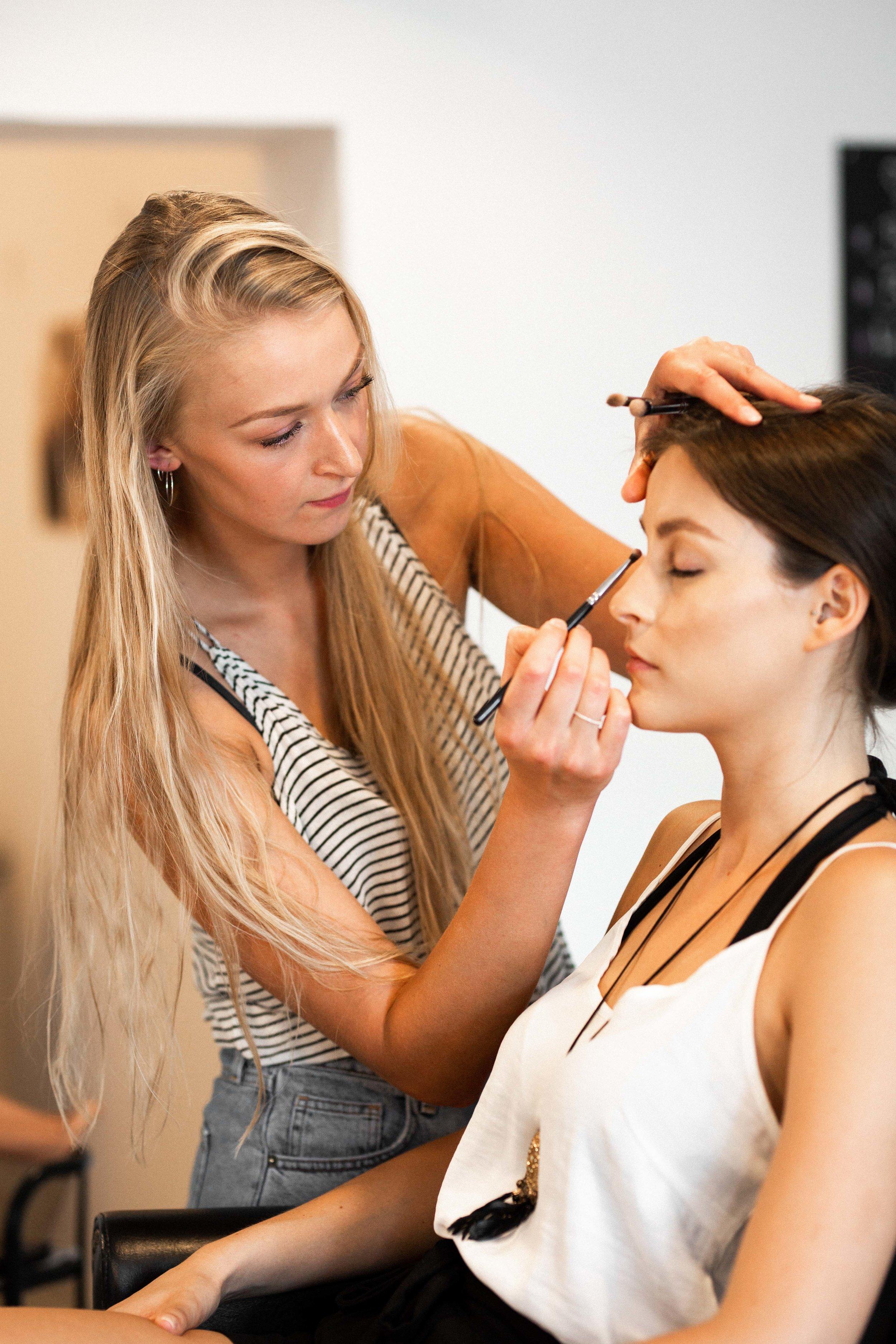 Hair und Make-up Artist