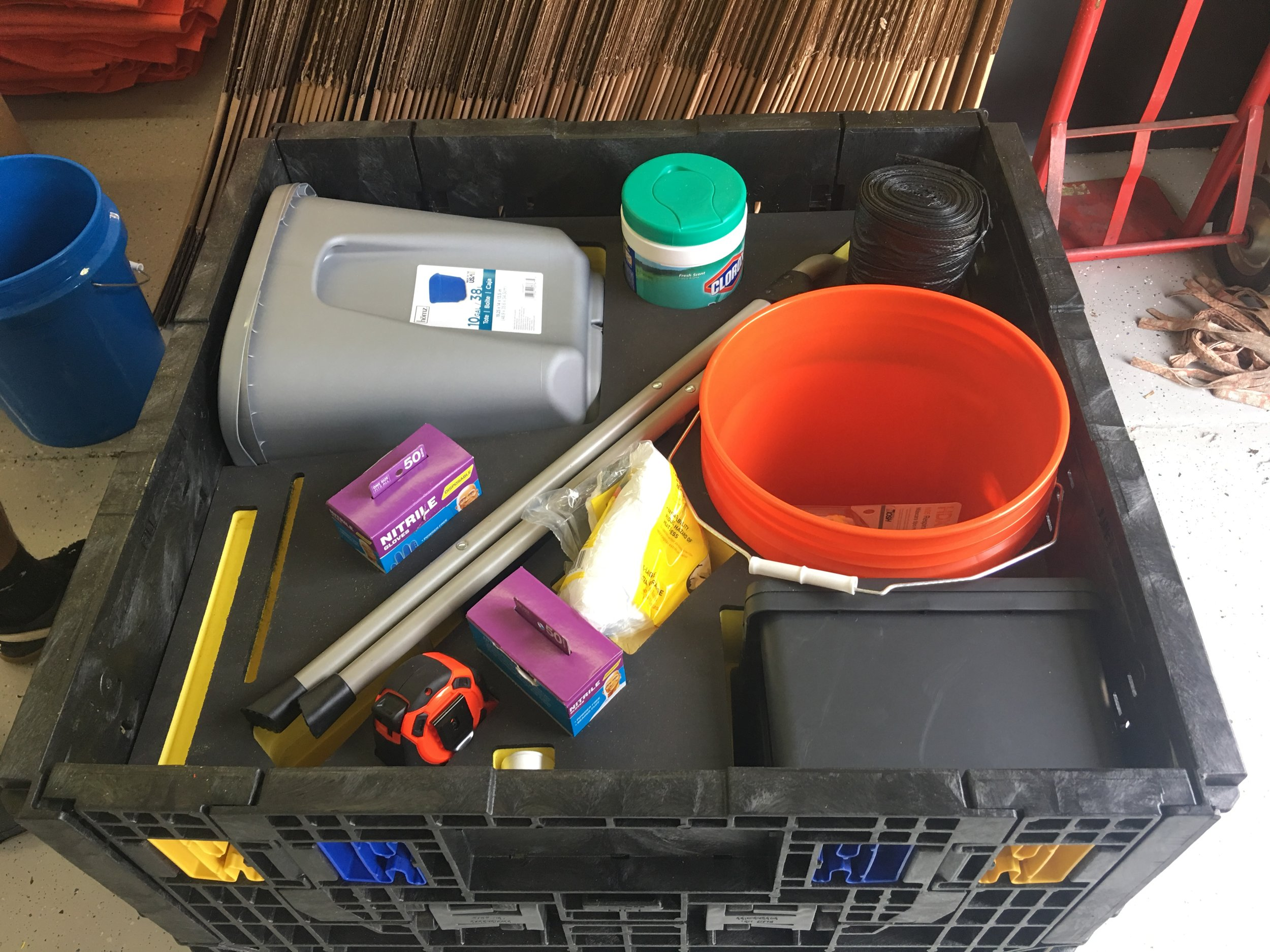 porsche battery clean up kit 4.JPG