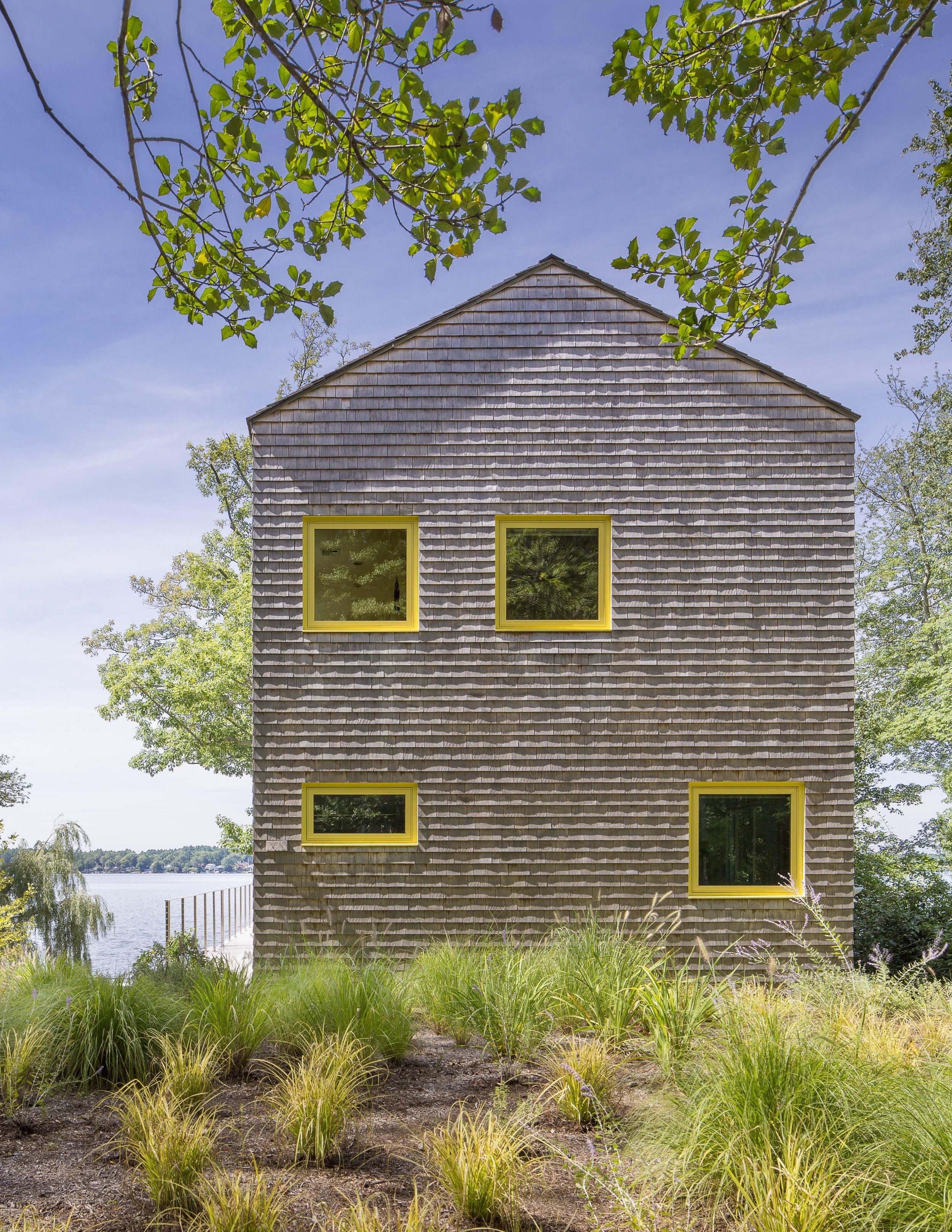 13sum_cottage_streetside.jpg