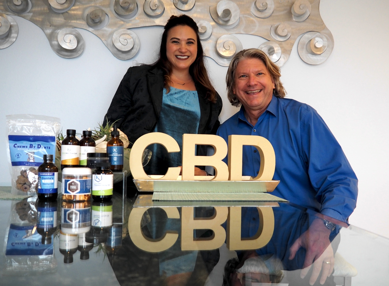 Season 2, Episode 1 - The ABCs of CBDA CBD revolution is taking place across America and I want to learn more about it. My guest today is Aleece Occhino, who transitioned from a successful career in the cosmetics industry to helping people learn about CBD products through her company KannaBusiness CBD, a hemp lifestyle brand. She also represents Kannaway, whose goal is to share the life-changing benefits of hemp-based CBD with people around the world.Visit Apple Podcasts Preview, find us in iTunes and subscribe. Or, you may download it here.To learn more about Aleece, please visit:KannaBusiness, Instagram, Facebook, and KannawayEmail AleeceTo learn more about cannabis for adults, visit Three Wells.