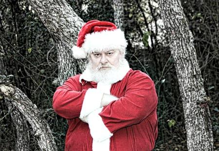 8 Laws Santa Shamelessly Breaks Every Christmas - Avvo