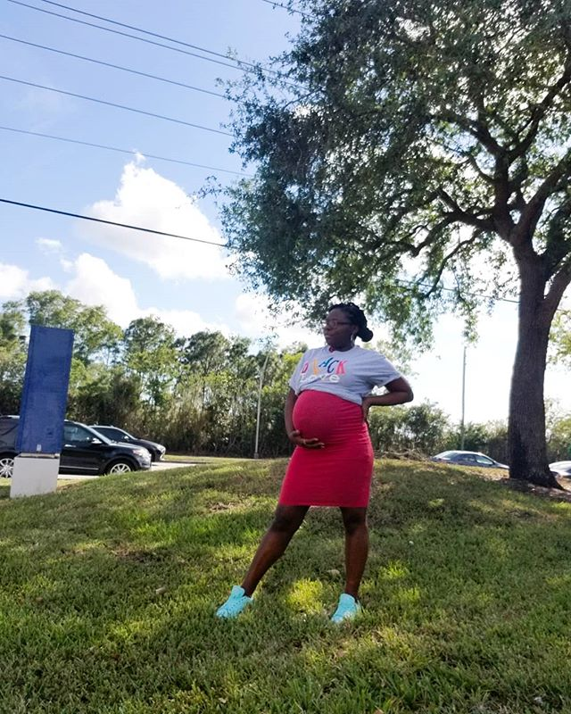 Last couple of days with my baby girl in the oven. I will definitely miss her kicks and stretches but I'm oh so excited to meet the product of our black love! . . . #Browngirlbloggers #blackbloggers #blackgirlswhoblog #blackmomsblog #melaninpoppin #melanin #bunintheoven #blackmoms #mommyblogger #lblogger #lifestyleblog #wellnessblogger #bloggersgetsocial #ontheblog #bloggerlife #theblogissue #itsthelittlethings #thatsdarling #miamibloggers #liveunscripted #bloggervibes #livethelittlethings #feelfreefeed #thebossbabesociete #thehappynow #petitejoys #photosinbetween #flashesofdelight #problogging #bodyupbossup
