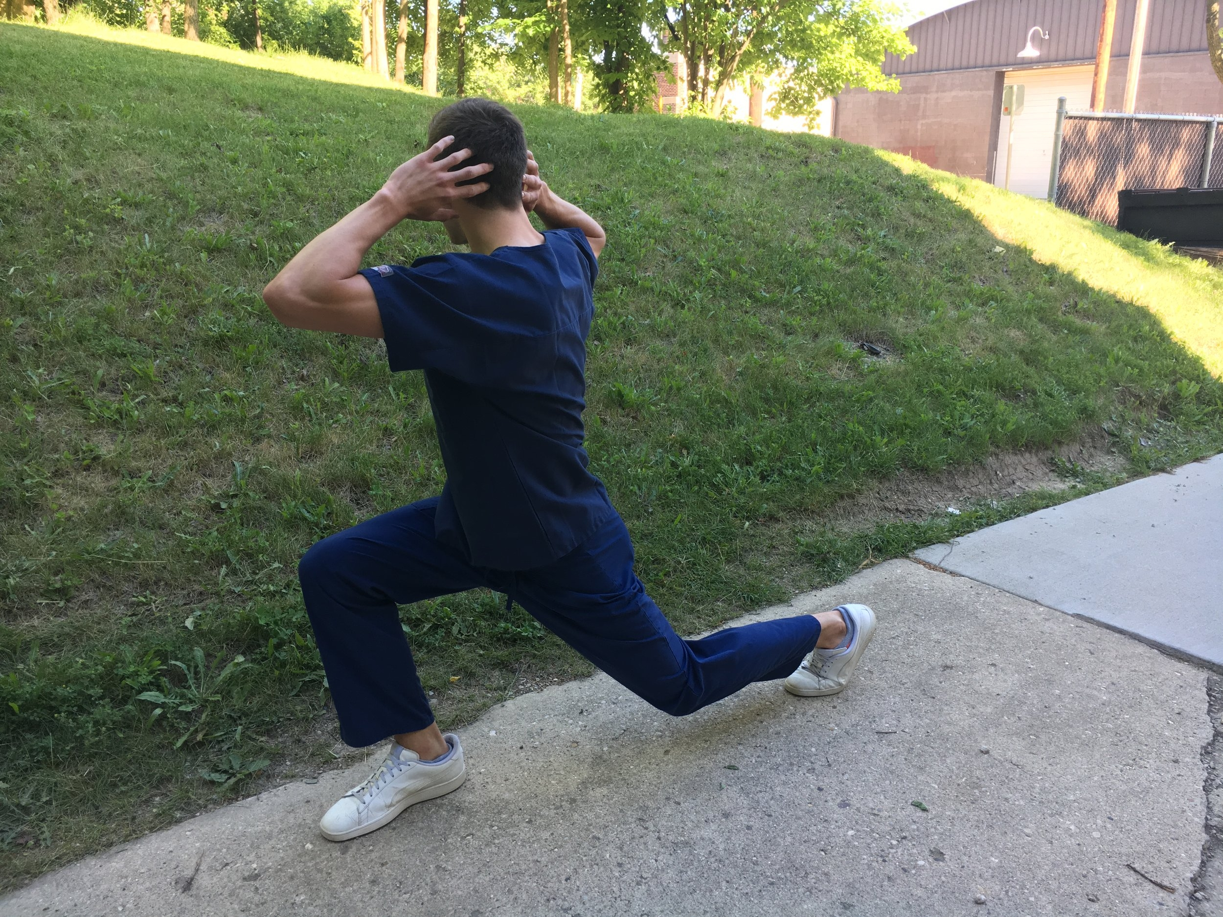 Lunge with torso rotation