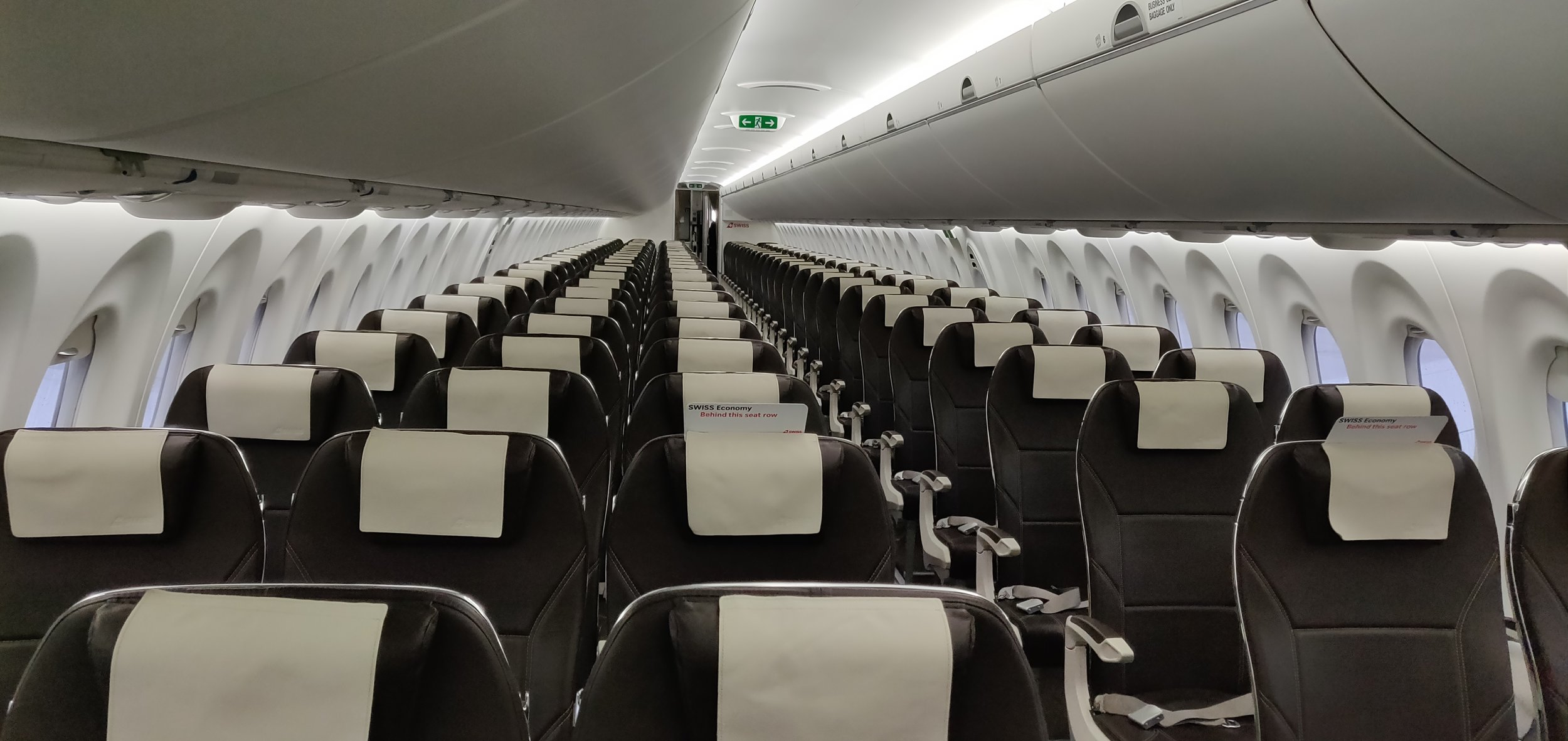 Swiss Airlines Business Class A220 - Seat