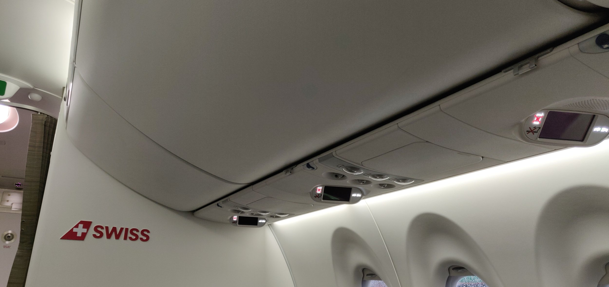 Swiss Airlines Business Class A220 - Overhead