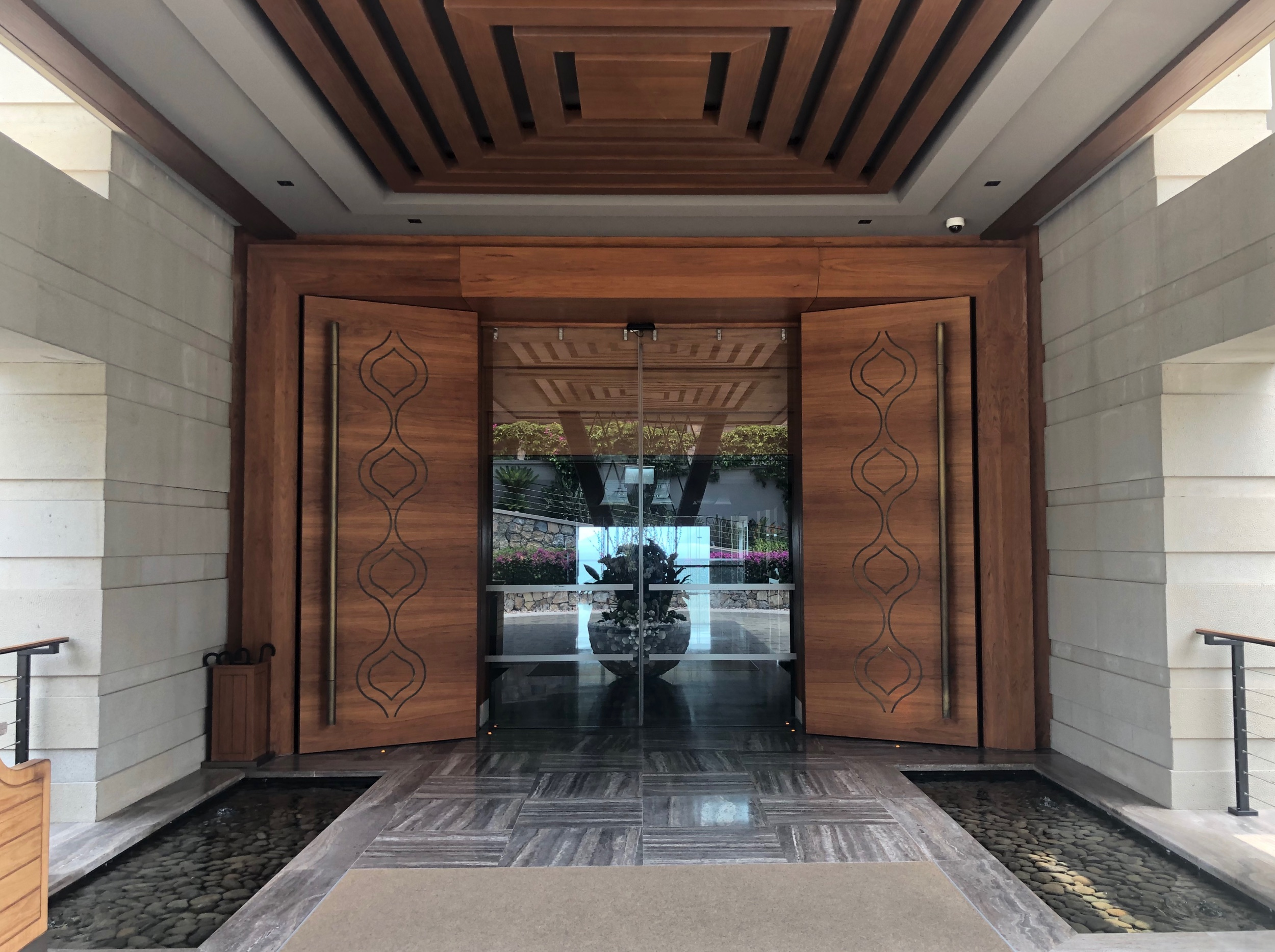 Caresse, a Luxury Collection Resort & Spa - Lobby Entrance