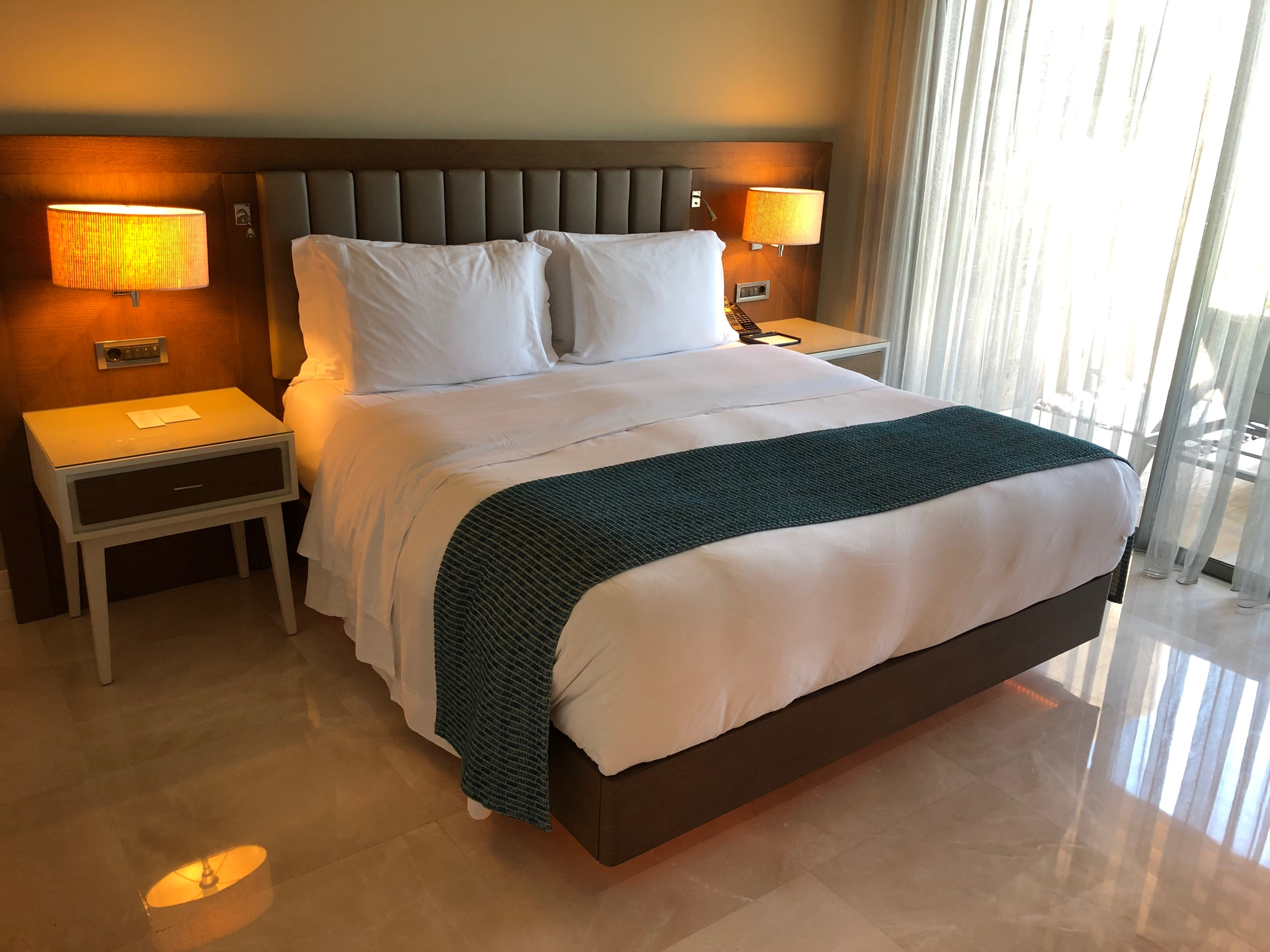 Caresse, a Luxury Collection Resort & Spa - Master Bedroom