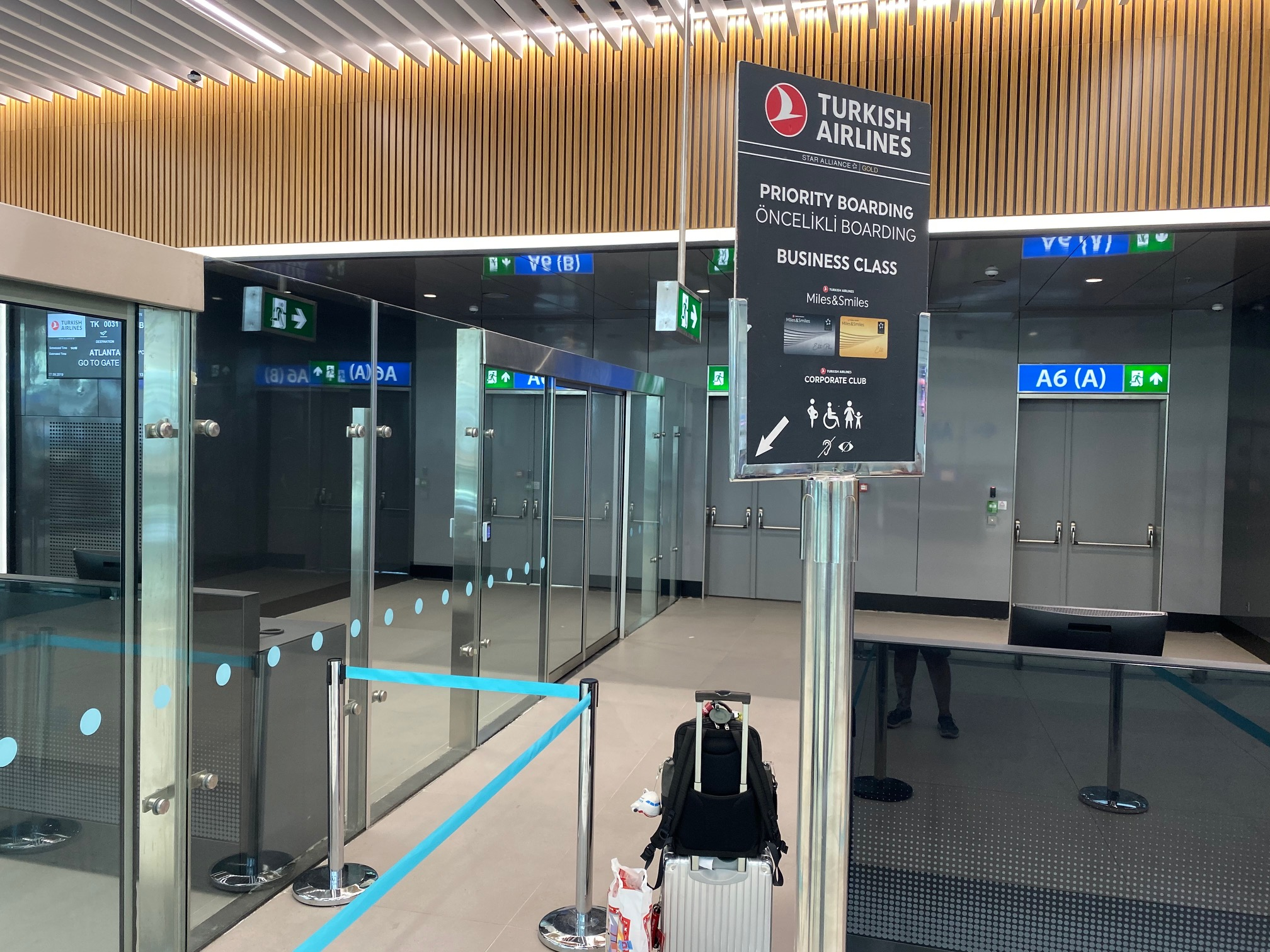 Turkish Airlines Priority Boarding - Istanbul Airport