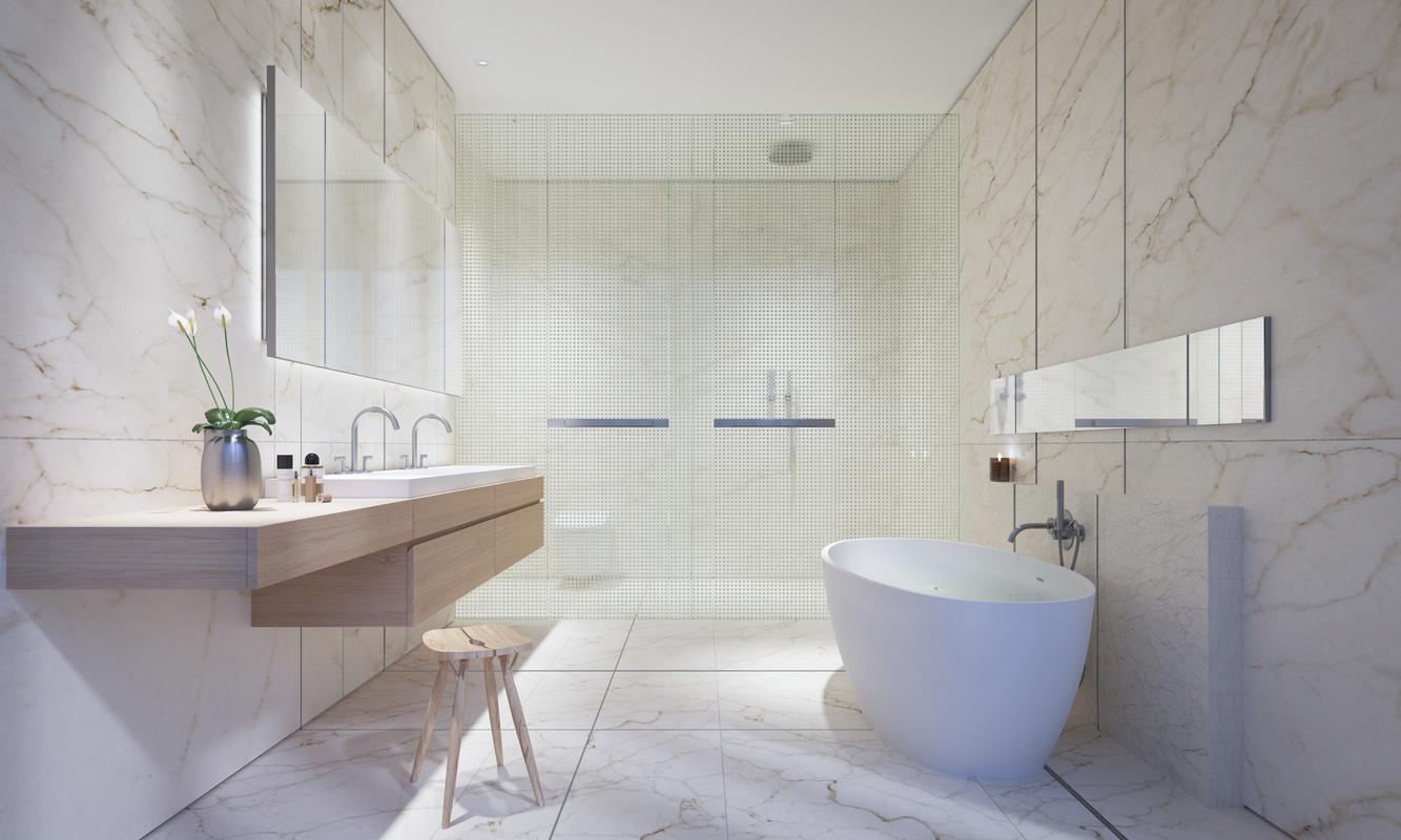 纯净的洗浴室,配有地热,和豪华浴缸。
