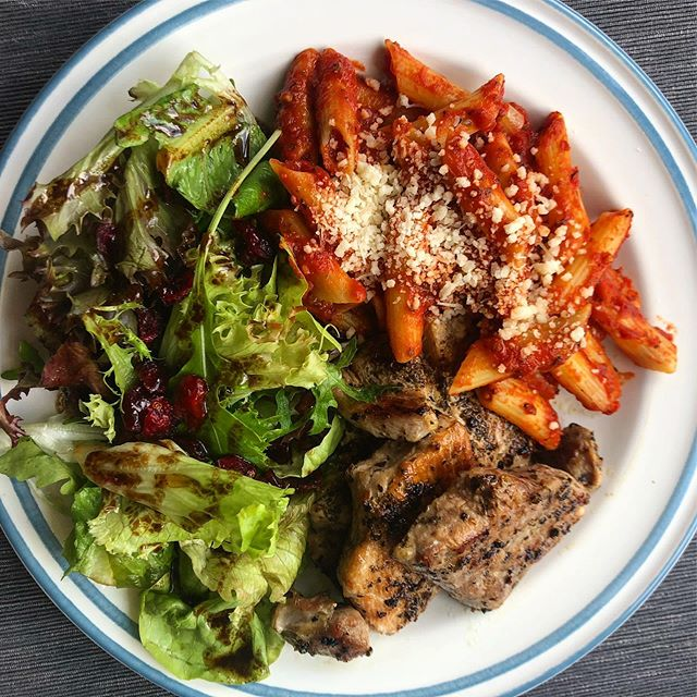Time to get my Muay Thai on so I thought I better stock up on energy. As coaches, we tend to focus on post workout nutrition to help speed recovery. But pre-workout is also important as it helps to fuel performance. Gotta put gas in the tank! This is Pan fried lean pork, pasta with tomato sauce and a side salad. #sportsnutrition #foodisfuel #nutritioncoach #preworkoutmeal #postworkoutmeal #eattoperform #eatclean #goodcarbs #eatforabs #personaltrainer #muaythaitraining #strengthandconditioning #sgfitspo #sgfitness #balanceiskey #fitspo #healthyfood #weightlossjourney #gains #strengthcoach #fitfood #performancecoach #eatrealfood