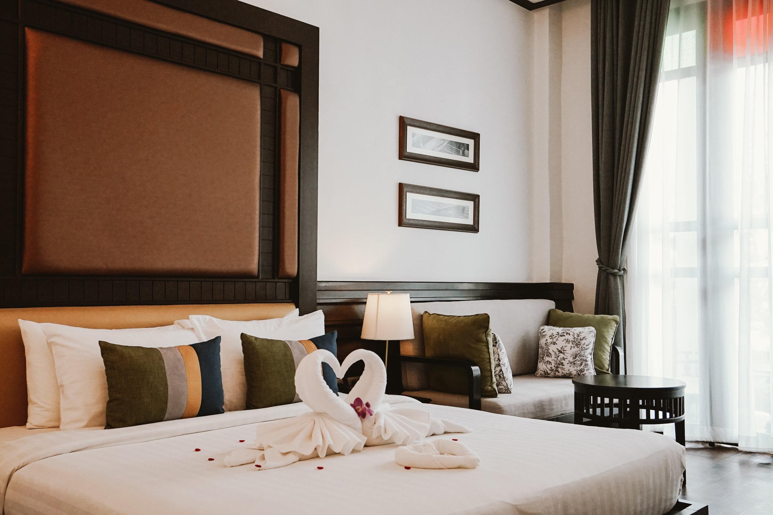 Deluxe Bedroom.jpg