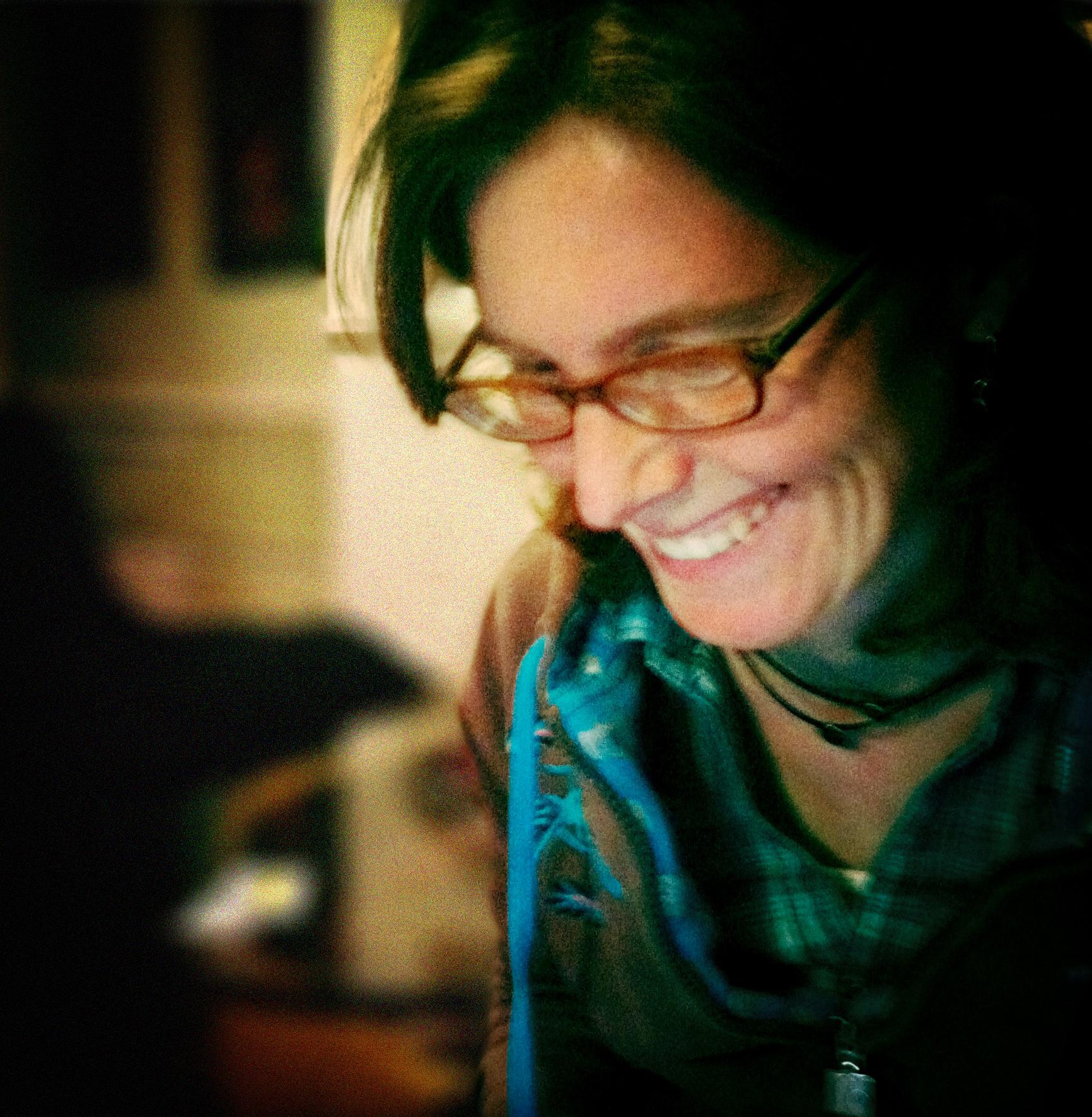 lauren-headshot-photo-blur-vignette.jpg