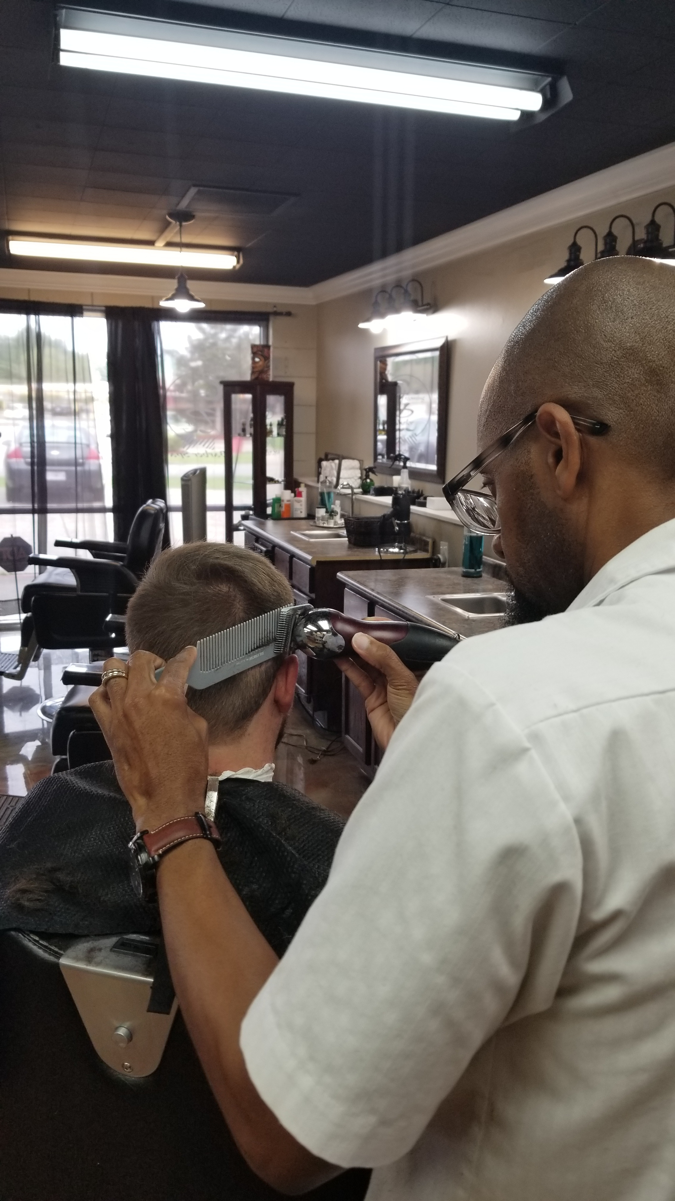 Barbershops and beauty salons which offer appointments normally have a higher standard of customer service. It is a good habit to schedule your haircut appointment ahead of time. This will give your barber stylist enough time to focus on your haircut and to provide additional services if needed. Also, if you are not able to make your appointment on time it is important to call or email to let the salon know. If you know you can't make the appointment at all out of respect inform your barber stylist as soon as possible.  Be mindful that most haircuts on social media are most likely not real, there are programs to change a picture to make it look perfect. Allow your barber stylist to make suggestions on a style that will work best for you. Don't have unreal expectations for your barber stylist to make you look like someone else. On the day of your appointment it helps when your hair is product free which will allow for a smooth haircut. Not wearing a hat or baseball cap will allow for a better cut as well. Shampoo your hair if you can before your haircut, this helps the barber stylist blendt and get a sharper edge. Your barber stylist most likely offers a shampoo for an additional service in their salon. Your barber stylist should be someone you can communicate with so you can look good and feel good once you leave the salon.  Master Grooming Attendant,  Nissan Ballard