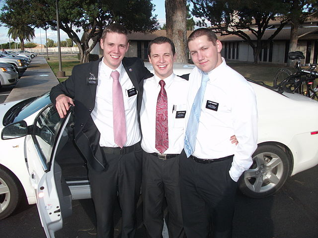 640px-Missionaries_reuniting.jpg