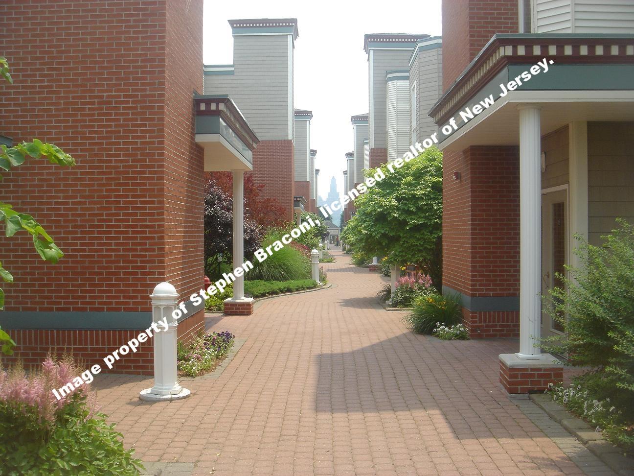 The Promenade Edgewater NJ