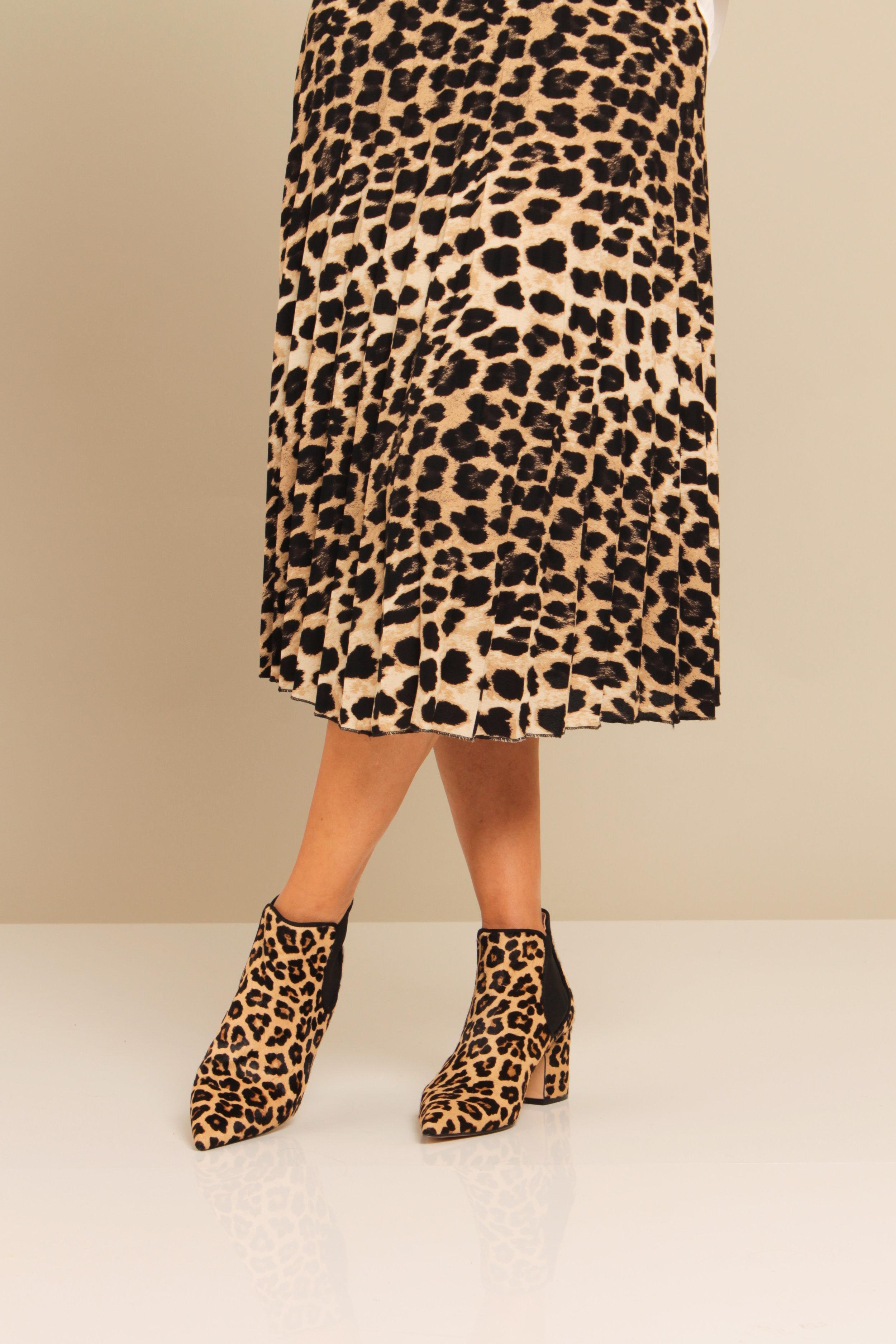 Boots: £95.99  Zara