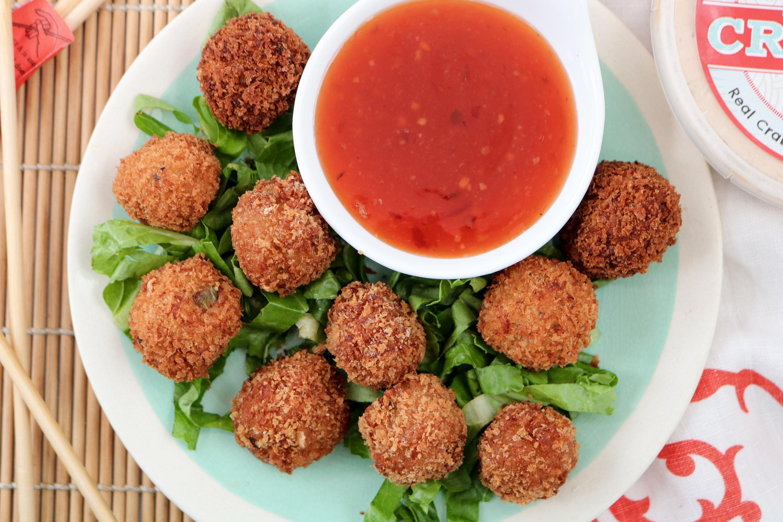 spicy-asian-crab-balls-sweet-chili-sauce-presentation.jpg
