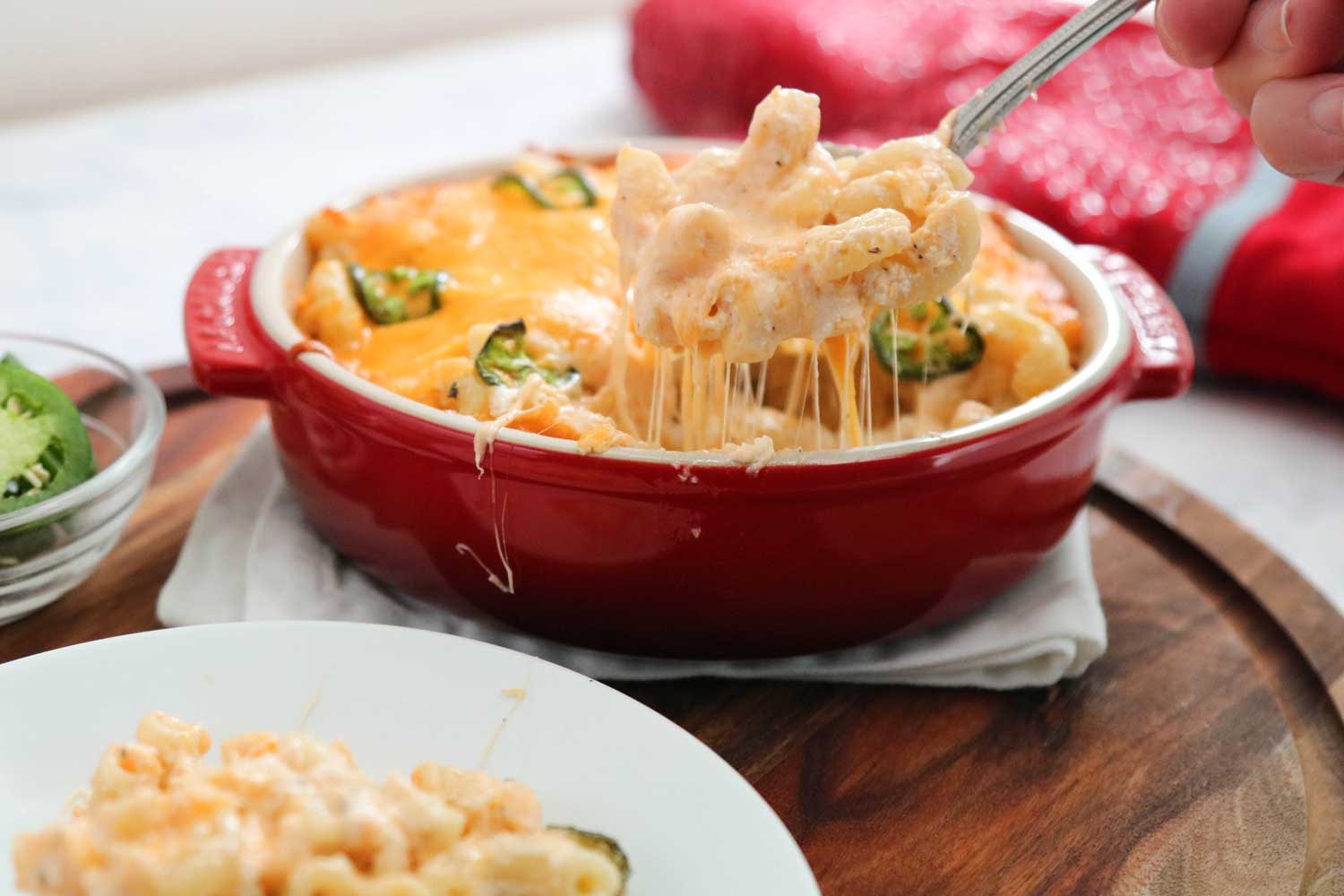 recipes-Spicy-Crab-Mac-and-Cheese-serving.jpg