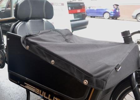 Bullitt Child Seat with partially open tonneau cover