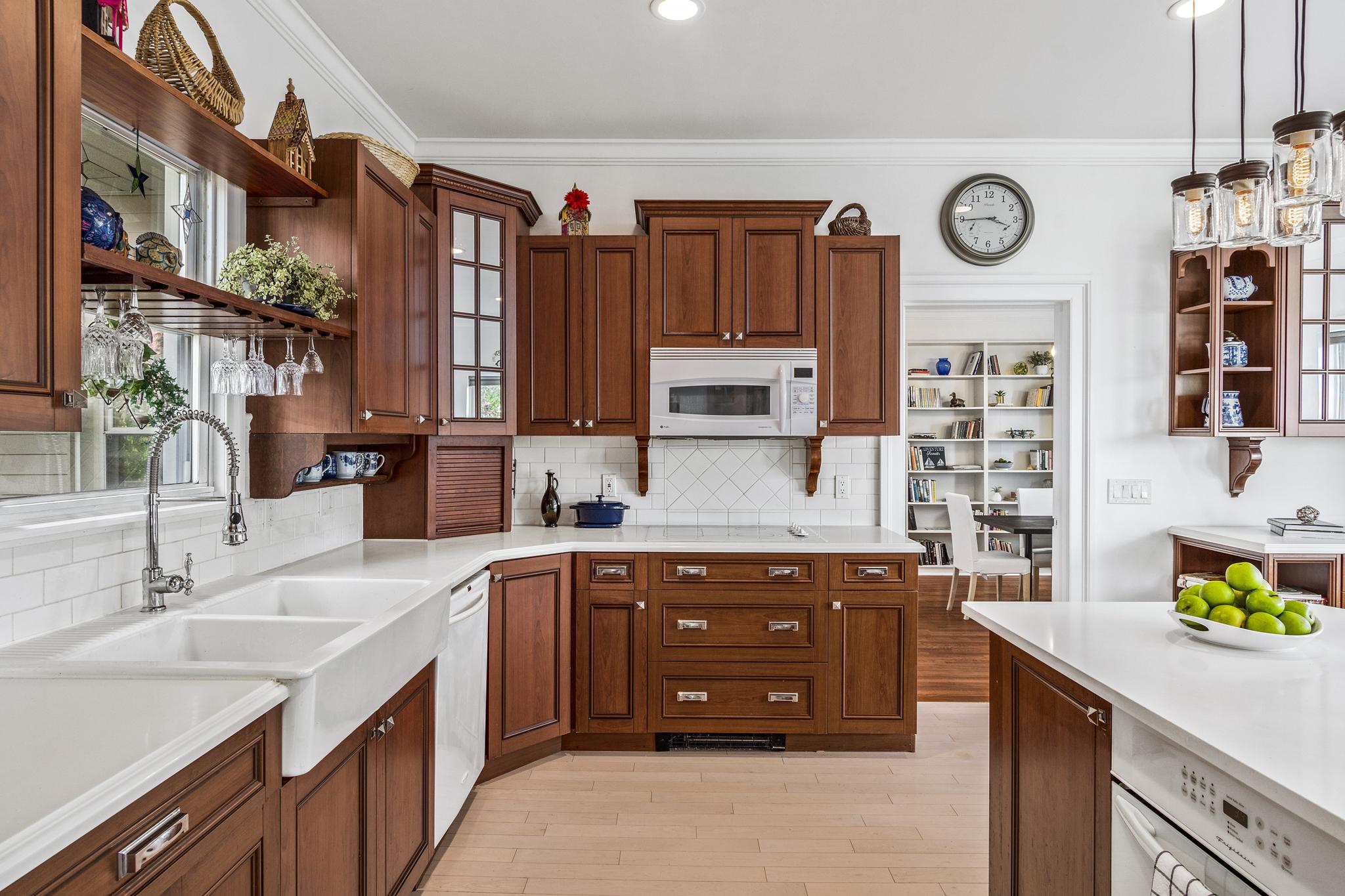 Kitchen_residential_Msparkphoto (1 of 1).jpg