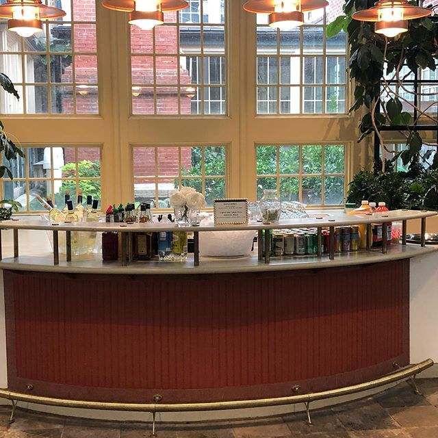 What a beautiful cocktail reception for Harshi & Nishan at Rawlings Conservatory in Baltimore. #bmorebartenders #rawlingsconservatorywedding #rawlingsconservatory #baltimoremd #mdweddingvenue #hiddengems #wepouryoupartymd #baltimorewedding #baltimoreweddings #mobilebartender #mobilebartendingservices #mobilebartenders #rawlingsconservatory #rawlingsconservatoryandbotanicalgarden