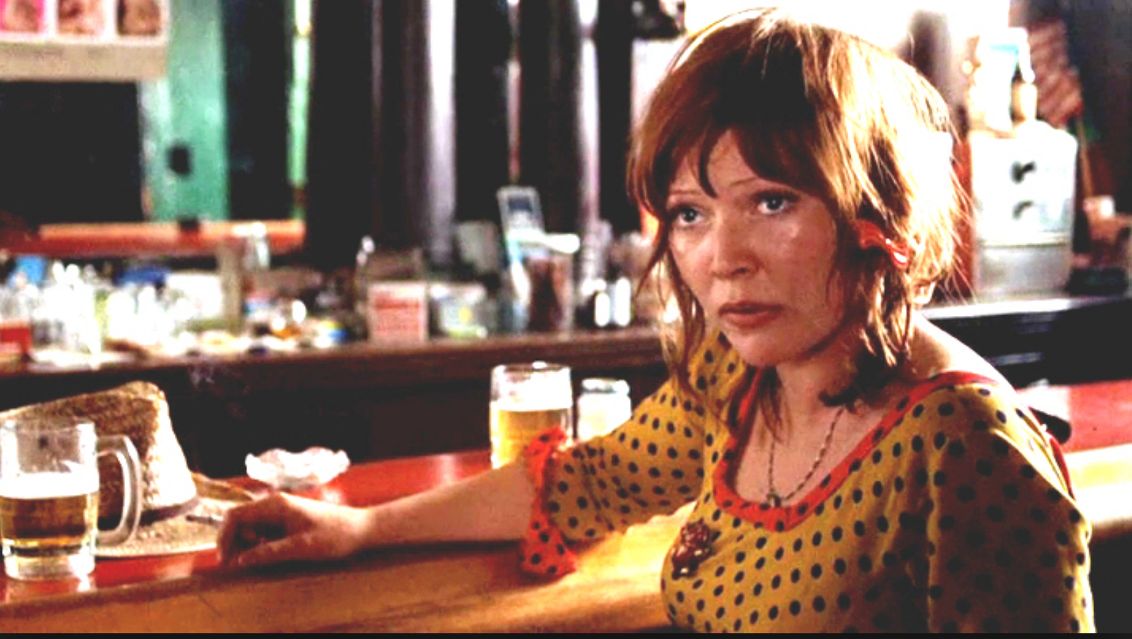Susan Tyrell as Oma Lee Grear -