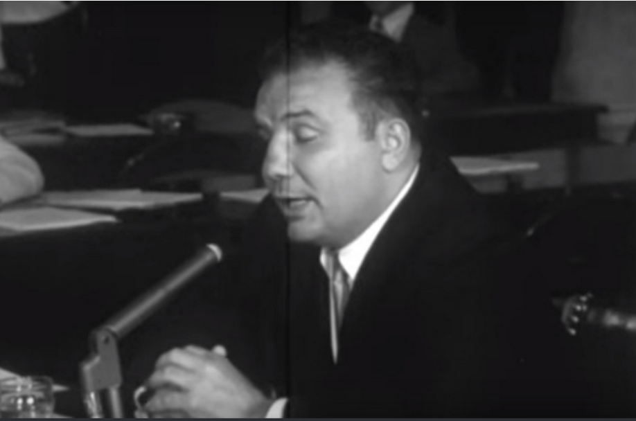 Jake LaMotta at the Hearings, fessin' up to dumping the Fox fight. -