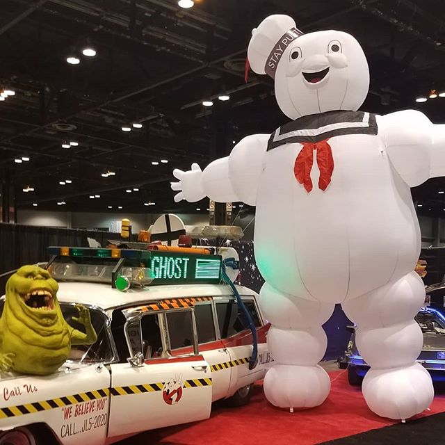 @c2e2 was a blast this year! Here are a couple photos of what we saw around the show floor and theres more to come! Stay tuned for more photos and an episode later this week. #ghostbusters #ecto1 #slimer #gundam #godzillakingofthemonsters #godzilla #c2e2 #cosplay #podcast