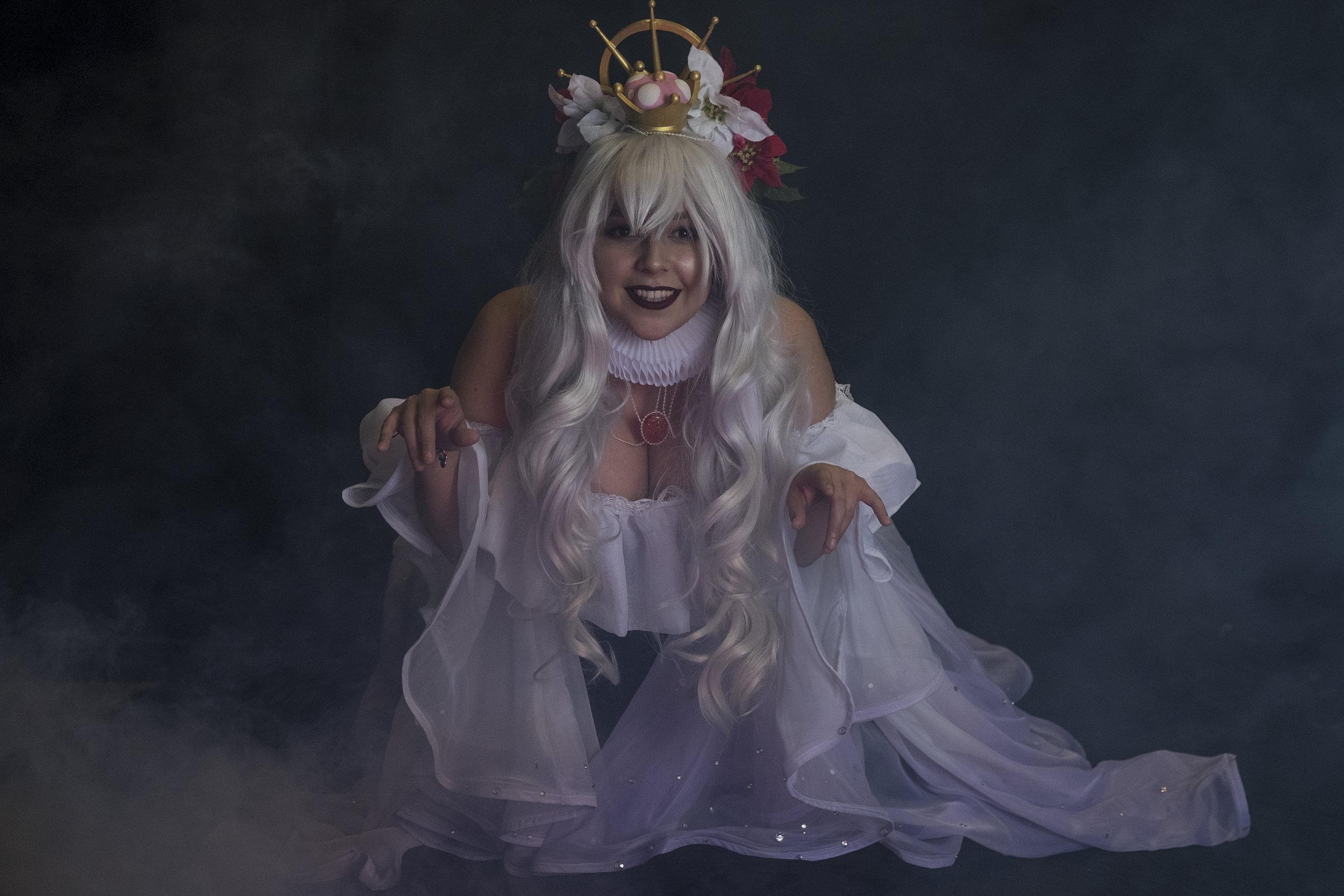 Mermaid Child cosplaying as Hannah Alexander's Boosette