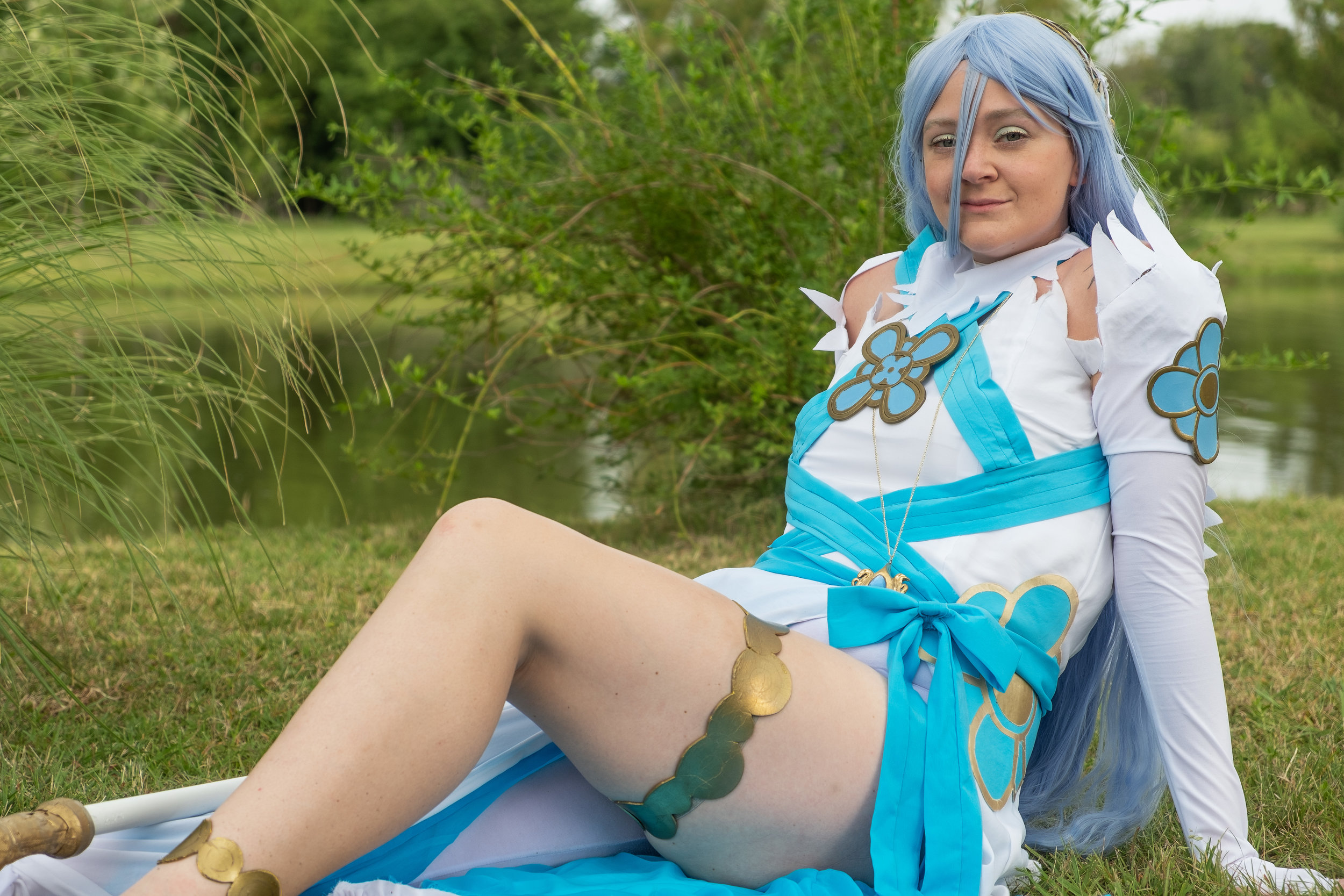 Allybelle cosplaying as Azura from Fire Emblem: Fates