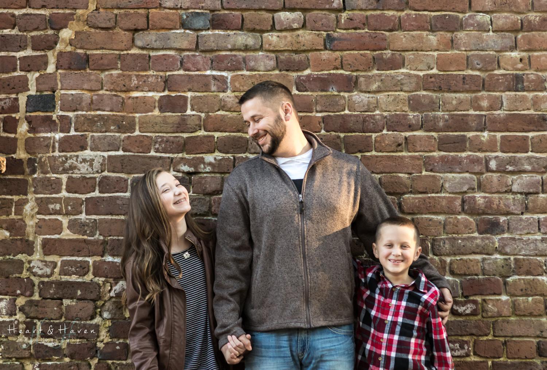 Family photography_Charleston_natural-2.jpg