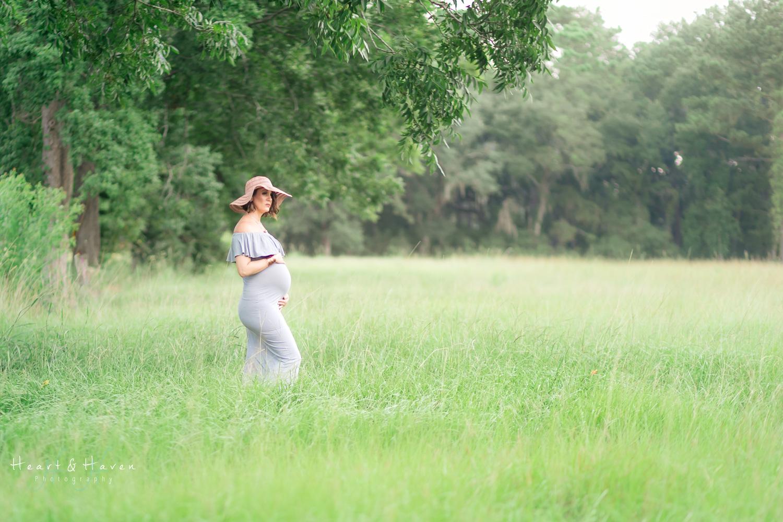 Maternity Photographer-1.jpg