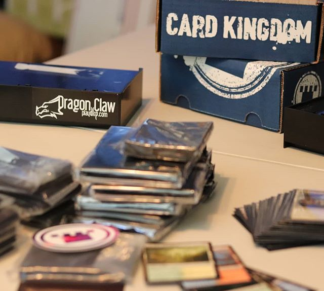 Thanks to @tolariancommunitycollege for the review of @cardkingdom 's starter cube which made jumping into cube play easy. #notsponsored  Sleeving a full cube, cards and inserts, for some upcoming #dragonclaw streams. Keep an eye out if you're interested in some #mtg and good times.
