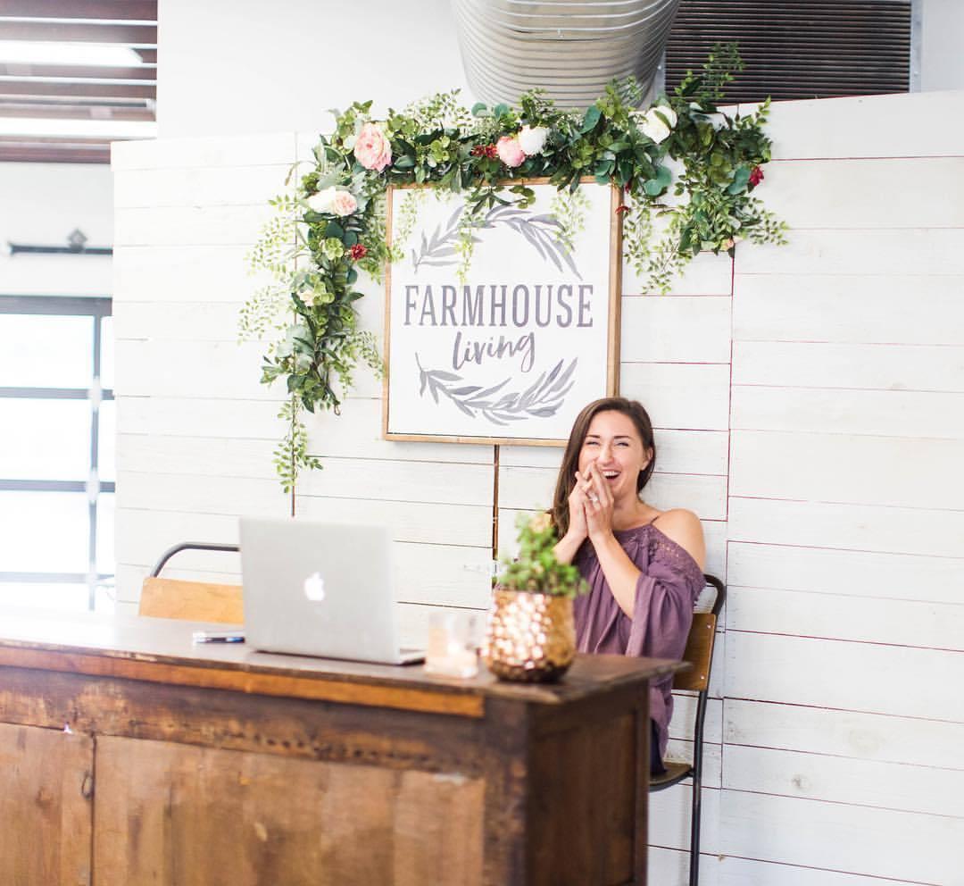 Farmhouse_Living_Storefront_20.jpg