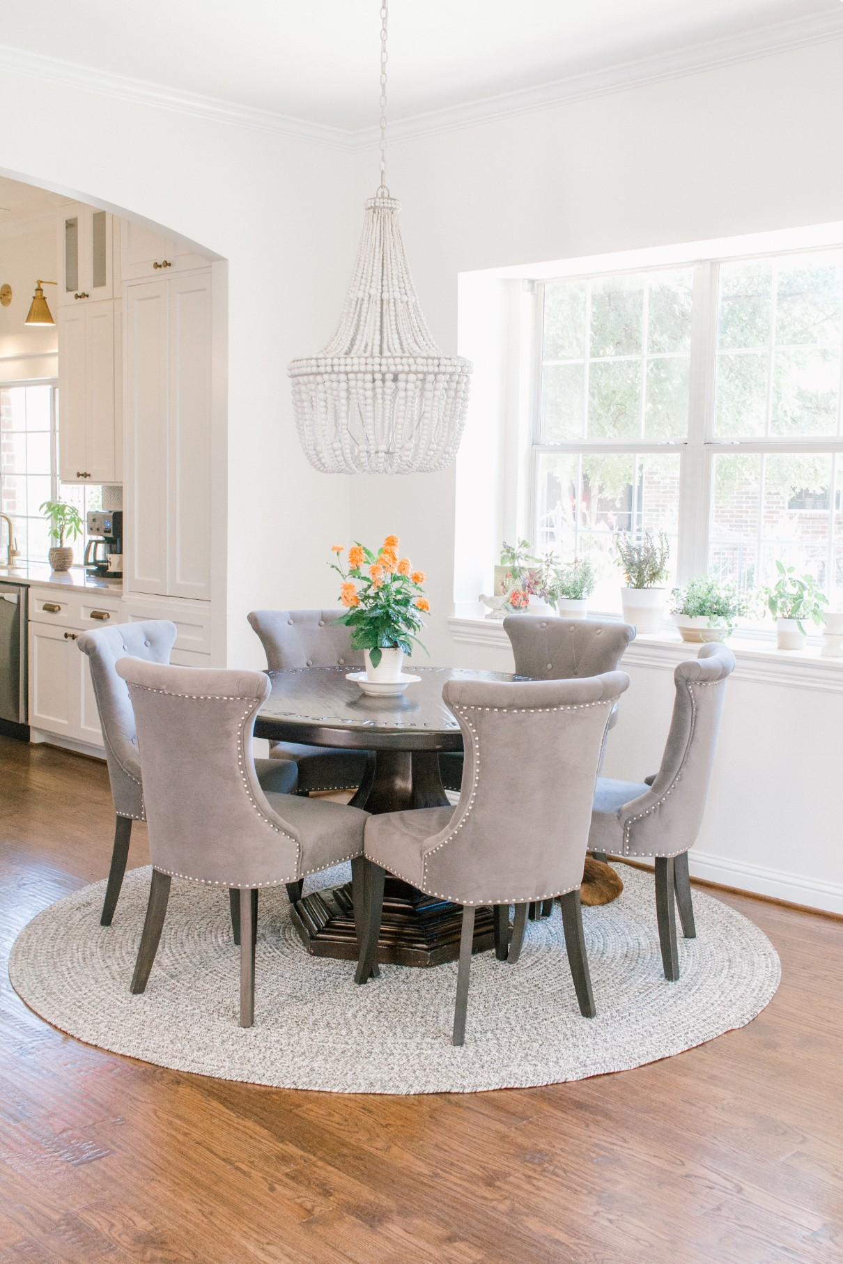 Modern Farmhouse Breakfast Nook