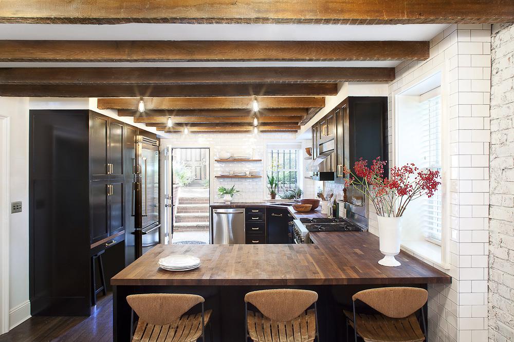 Black Kitchen Cabinets - Blair Harris 2.jpg