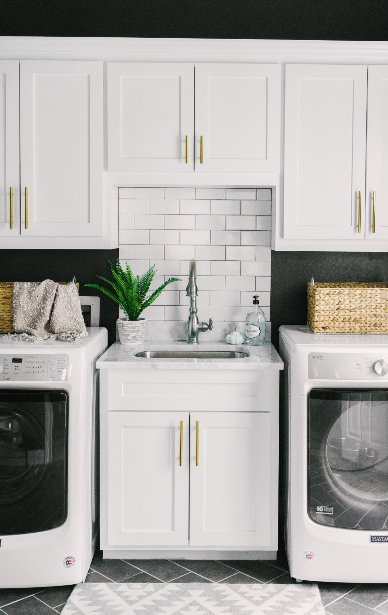 Laundry Lovin Our Favorite Laundry Room Inspiration Farmhouse Living