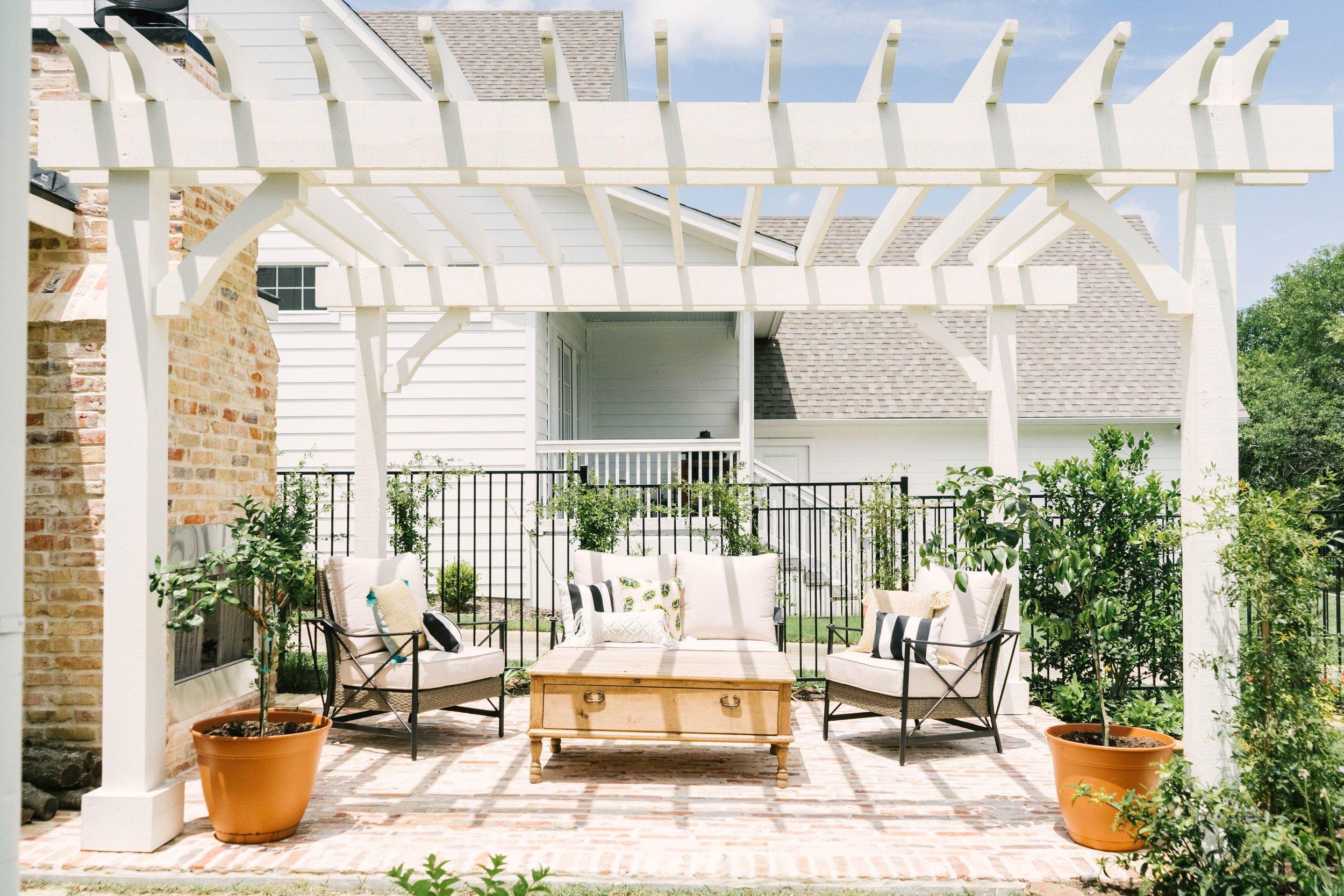 Classic Farmhouse Home Tour - White Pergola - Outdoor Fireplace
