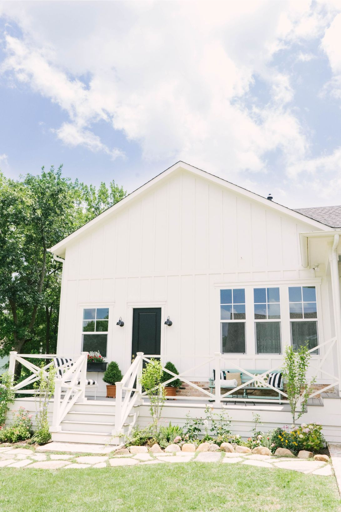 Modern Farmhouse Exterior - Sherwin Williams Dover White