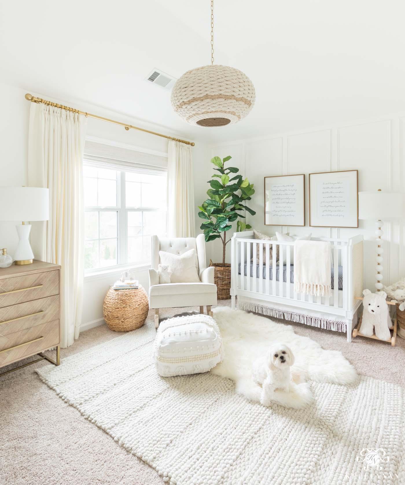white-neutral-nursery-decor.jpg