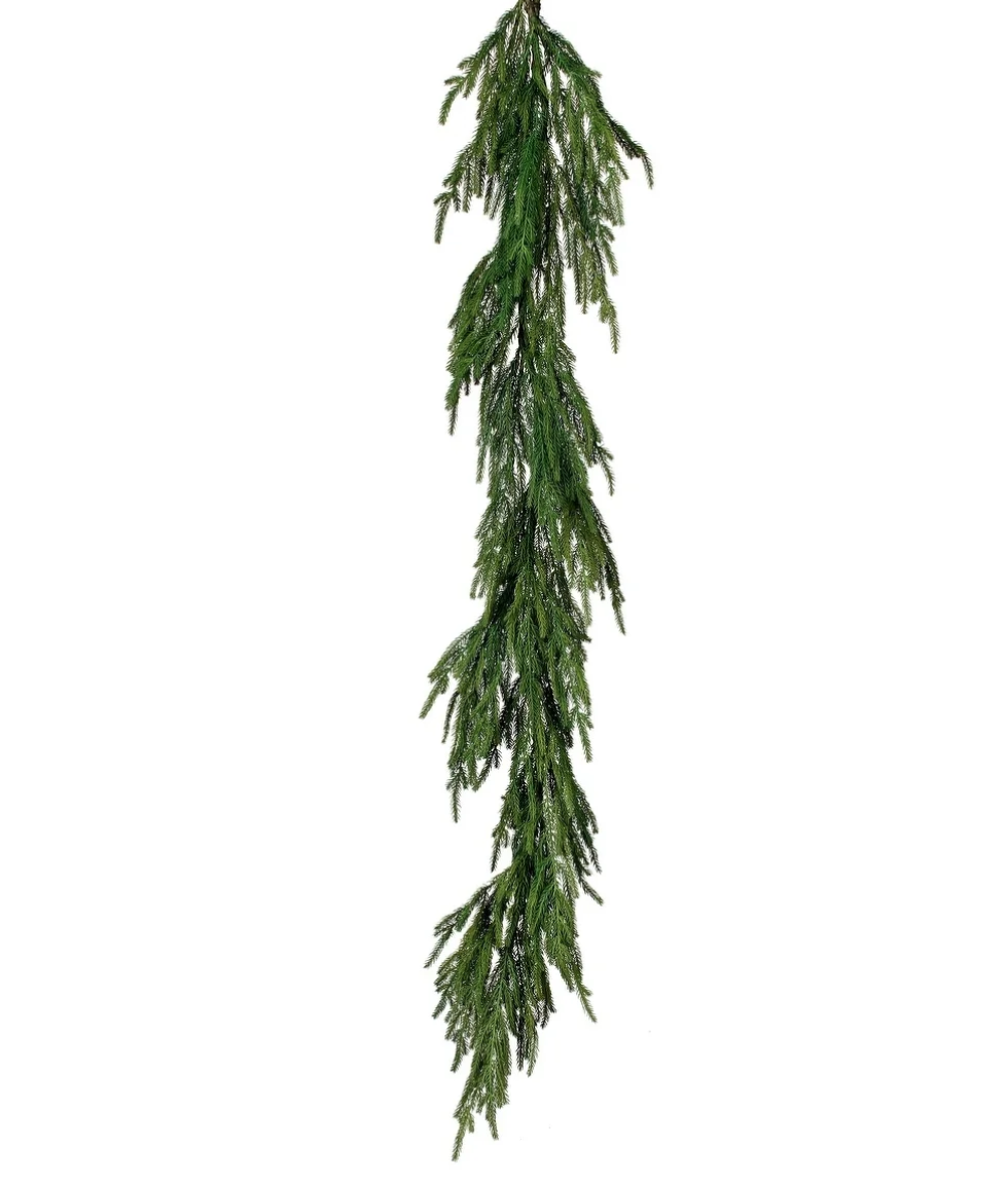 Christmas Garland.png
